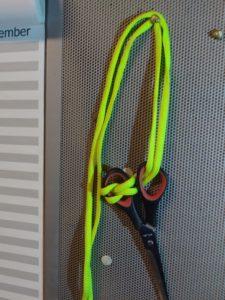 Schere Knoten